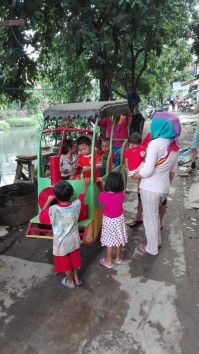 Odong odong - bicycle powered children's entertainment